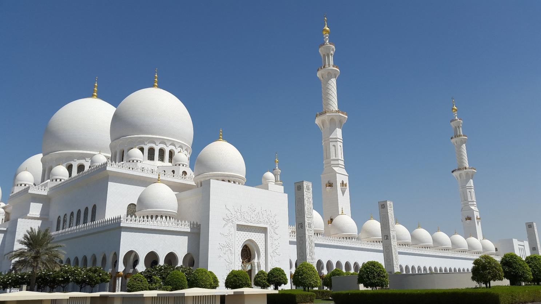 NGÀY 04 :  ABU DHABI                                                                          (Ăn sáng, trưa, chiều)