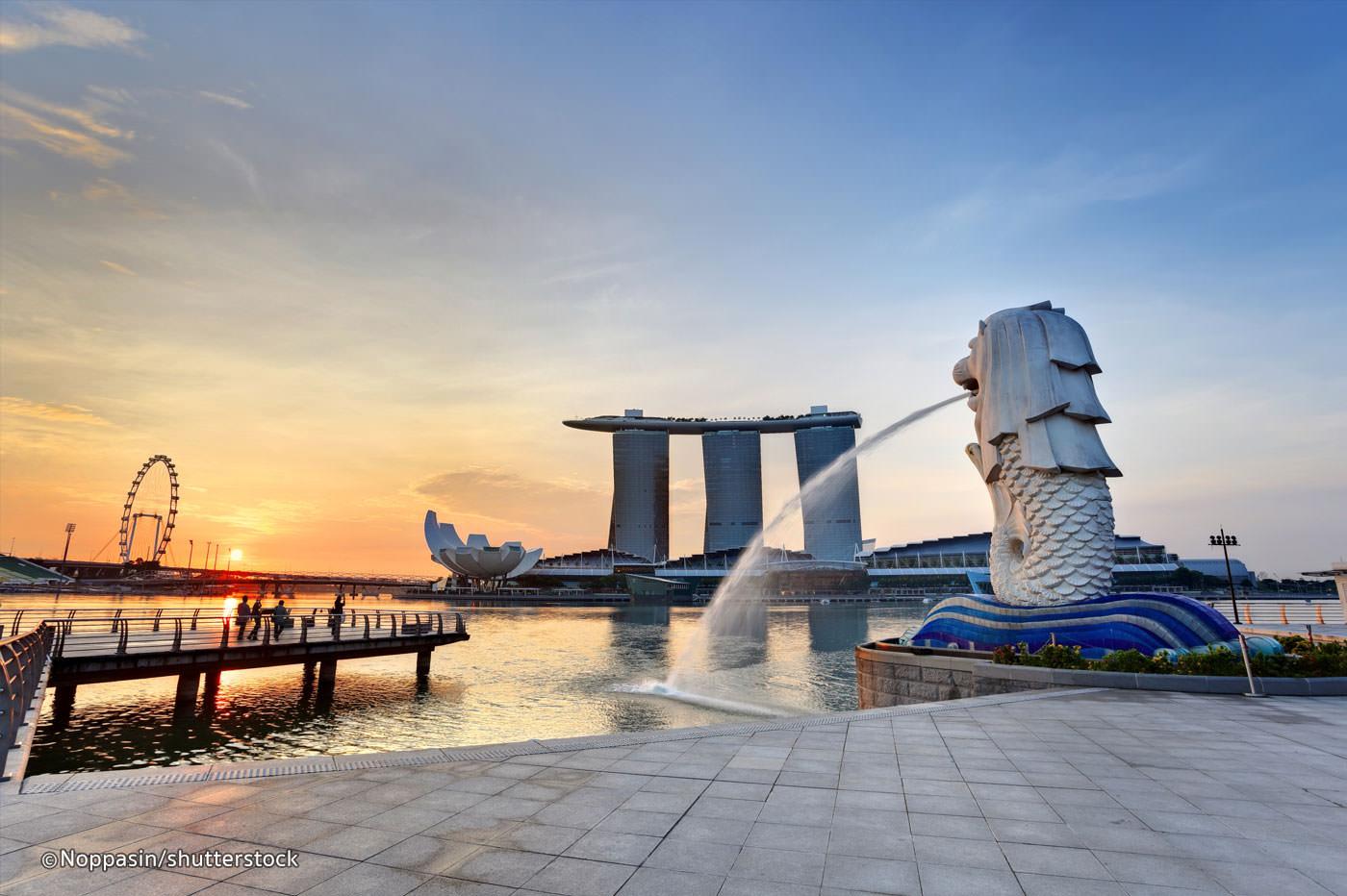 NGÀY 01 : HỒ CHÍ MINH - SINGAPORE  CITY TOURĂn Nhẹ, ăn tối